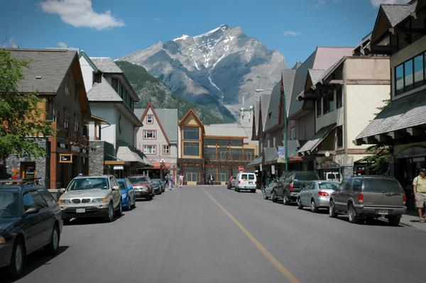 204 Wolf Street Banff